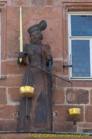 Marburg /  Justitia