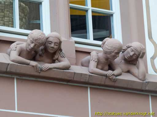 Mainz /  Fenstergucker