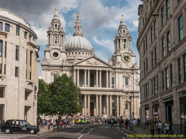 London /  Apostles and Evangelists at St. Paul's Cathedral