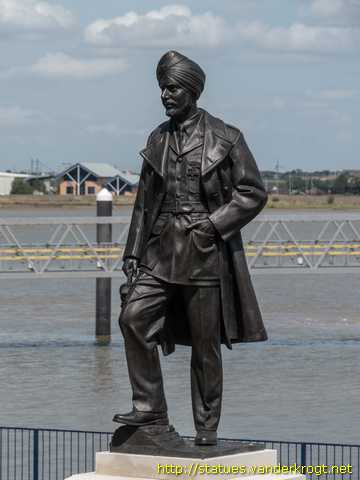 Gravesend /  Squadron Leader Mahinder Singh Pujji
