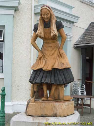 Llandudno /  Alice in Wonderland