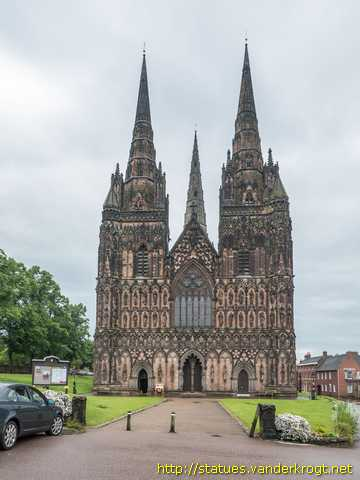 Lichfield /  Statues on the West Front of Lichfield Cathedral
