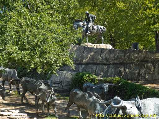 Dallas /  Trail Drive: An American Monument to the West