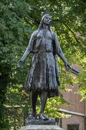 Princess Pocahontas (Gravesend, Great Britain)